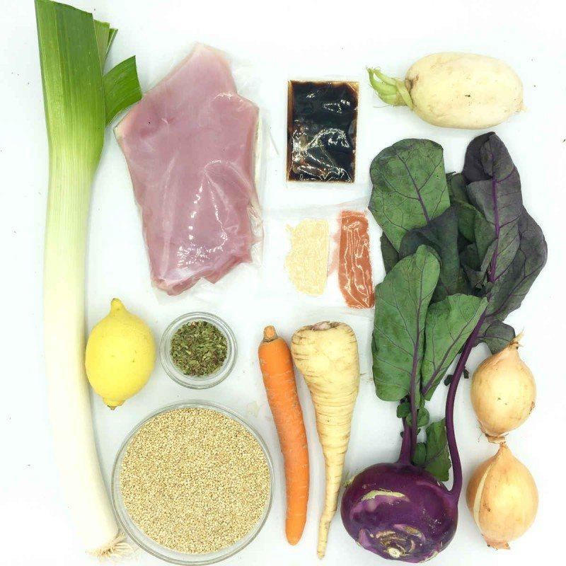 Salteado de verduras de raíz al tamari con quinoa y pavo a las hierbas